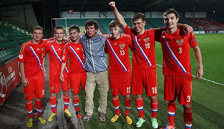 Макаров, Баринов и Жемалетдинов – в сборной U-19