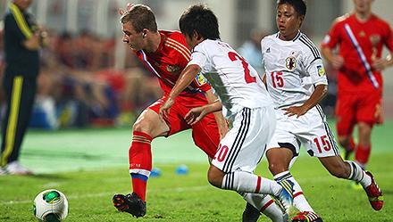 Три игрока «молодежки» - в юношеской сборной