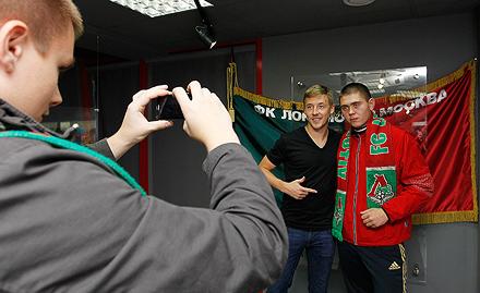 Максим Григорьев побывал в музее «Локомотива»