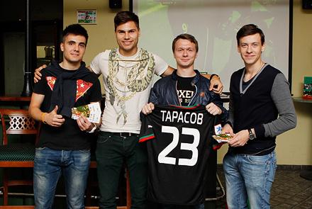 Максим Беляев пообщался с посетителями «Вагона»
