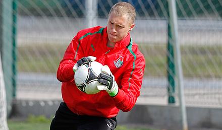 Лобанцев вызван в «молодежку» на матчи со Словенией и Болгарией