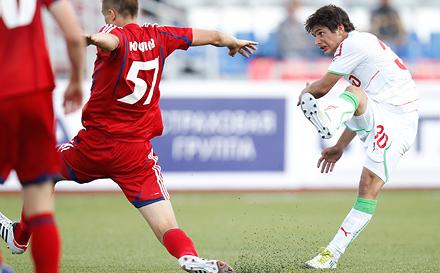 Курзенев и Корян помогли России обыграть Латвию