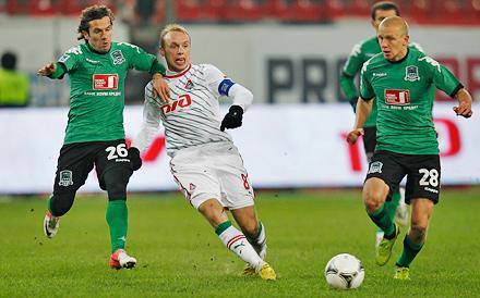 Денис Глушаков провел 150-й матч за «Локомотив»