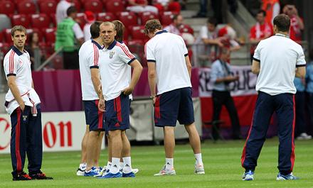 Глушаков и Павлюченко сыграли с Грецией