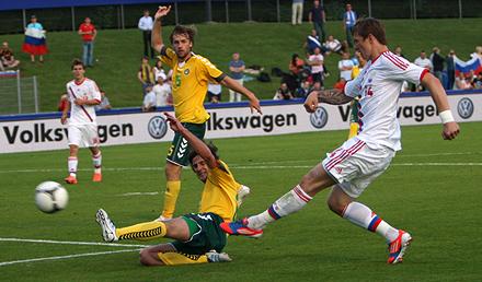 Павлюченко сыграл против Литвы