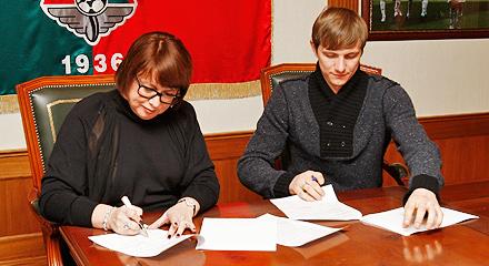 Lokomotiv sign Roman Pavlyuchenko!