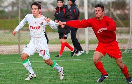 Панайот Хартияди: «Если хочешь попасть в основную команду, в «молодежке» должен забивать любым соперникам»