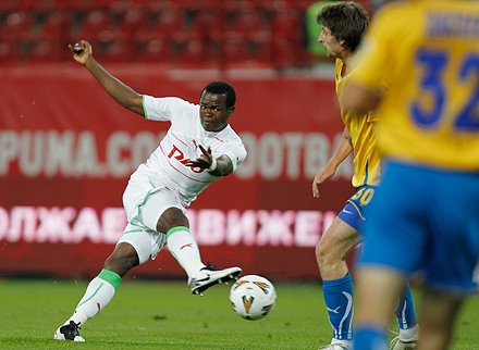 Обинна забил за сборную Нигерии
