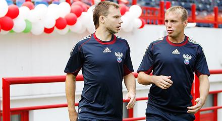 Glushakov and Shishkin are called to the Russia national football team
