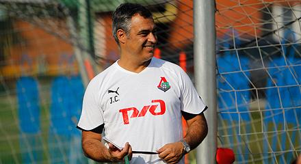 Презентация тренера и футболистов состоится на матче с «Ференцварошем»