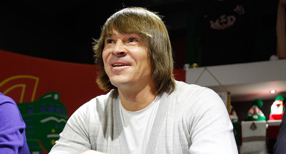 Дмитрий Лоськов: «Приходите на футбол! Любите футбол!»