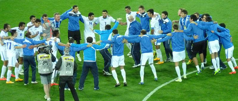 Denisov Helps Uzbekistan Advance To Asian Cup Quarterfinals!