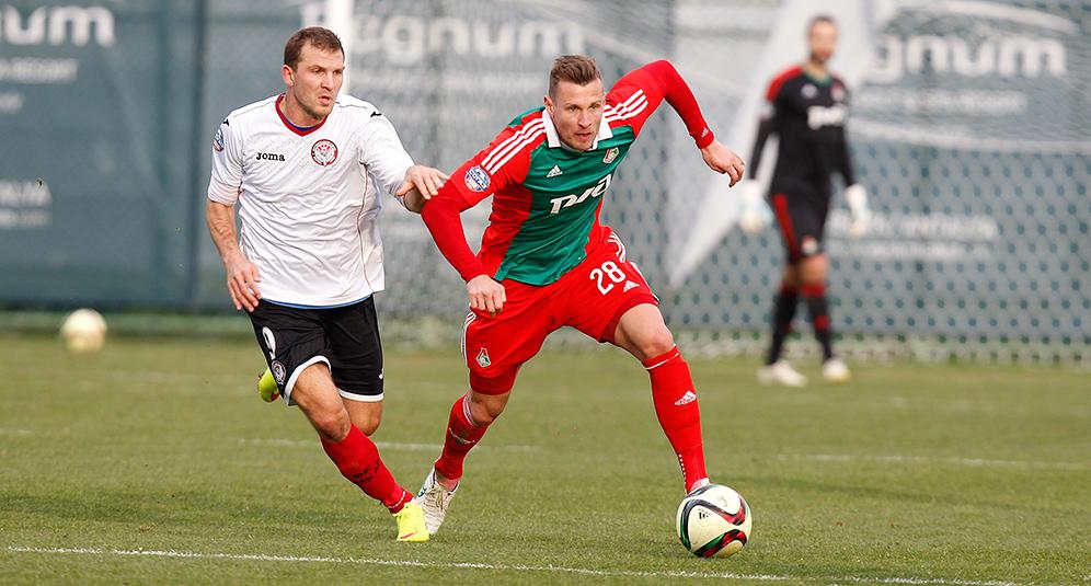 «Локомотив» уступил «Амкару» на третьем сборе
