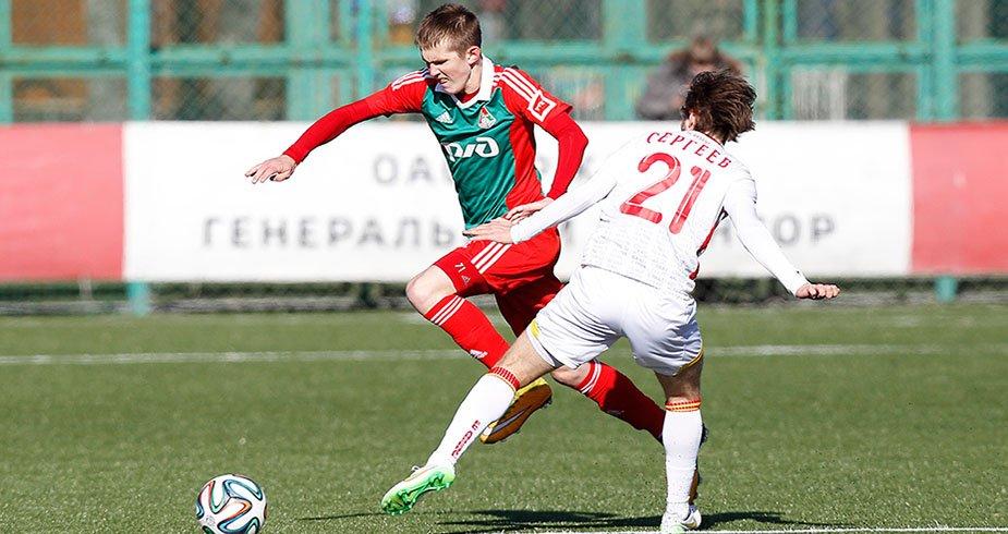 Алексею Соловьеву - 19!