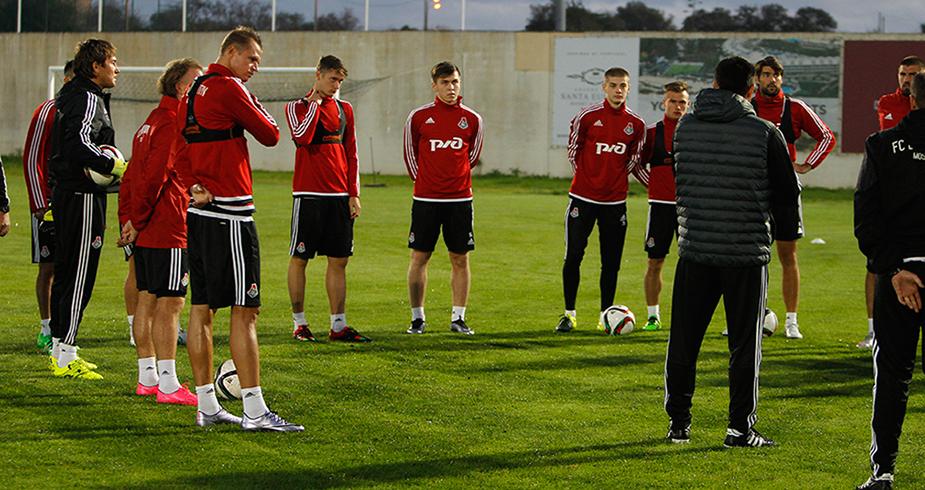 Первые тренировки в Португалии