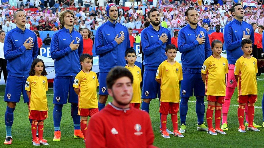 Чорлука помог хорватам одолеть Испанию