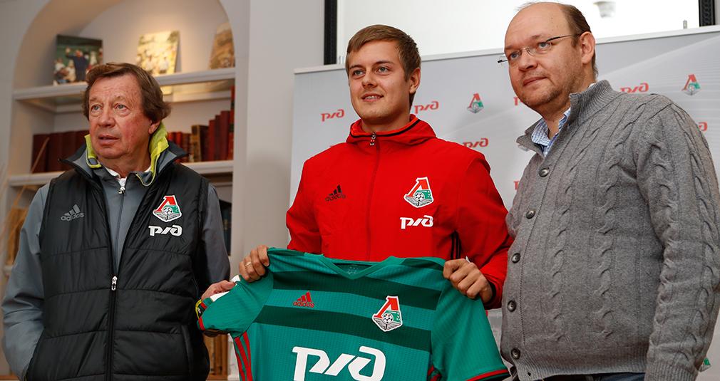 Timofey Margasov Signs With Lokomotiv