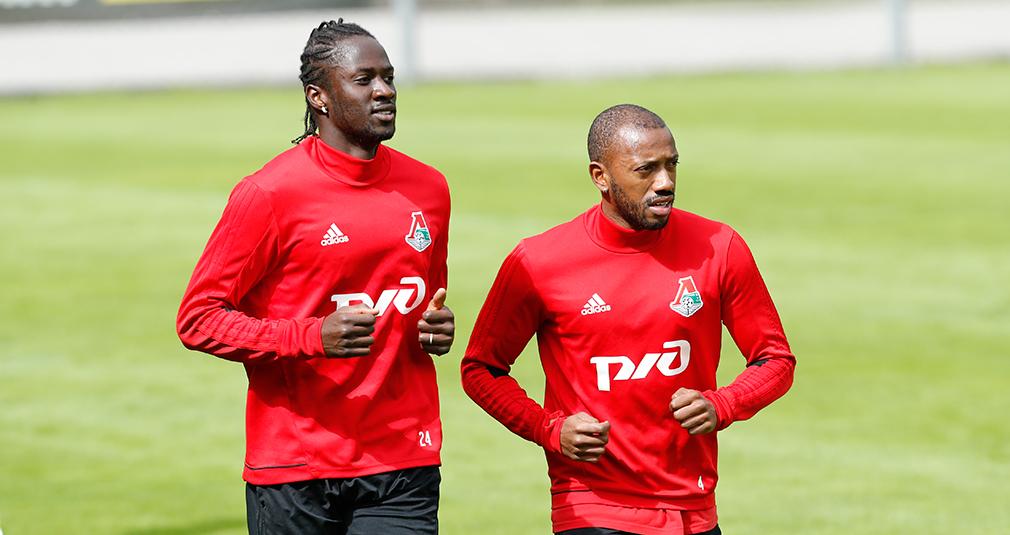 Фернандеш и Эдер - в сборной Португалии