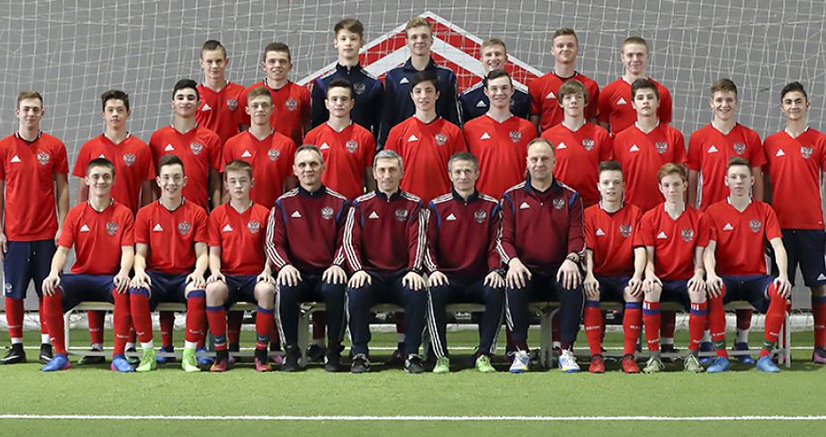 Юноши выступят на турнире развития УЕФА