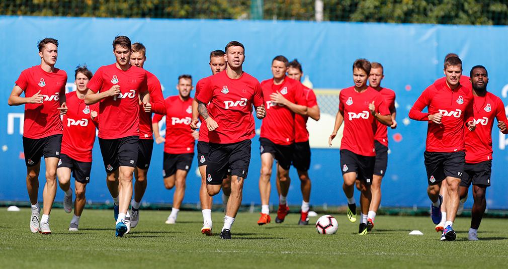 В Краснодар отправились 23 футболиста «Локо»