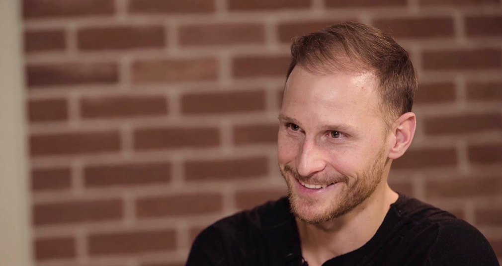 LokoLeaks №2 // Höwedes: Moscow, being a vegan and reiters