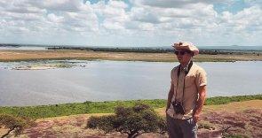 «70 буйволов замерли и сопровождали нас взглядом»