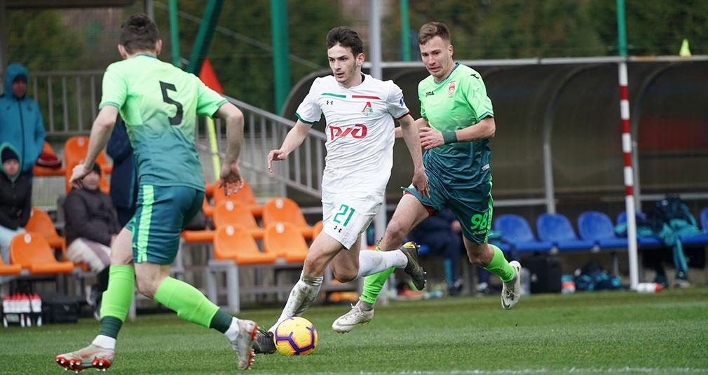 «Локомотив» завершил сбор в Сочи матчем с «Уфой»