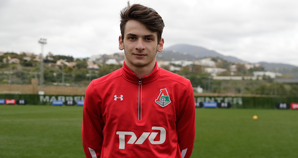 Кварацхелия дебютировал за сборную Грузии