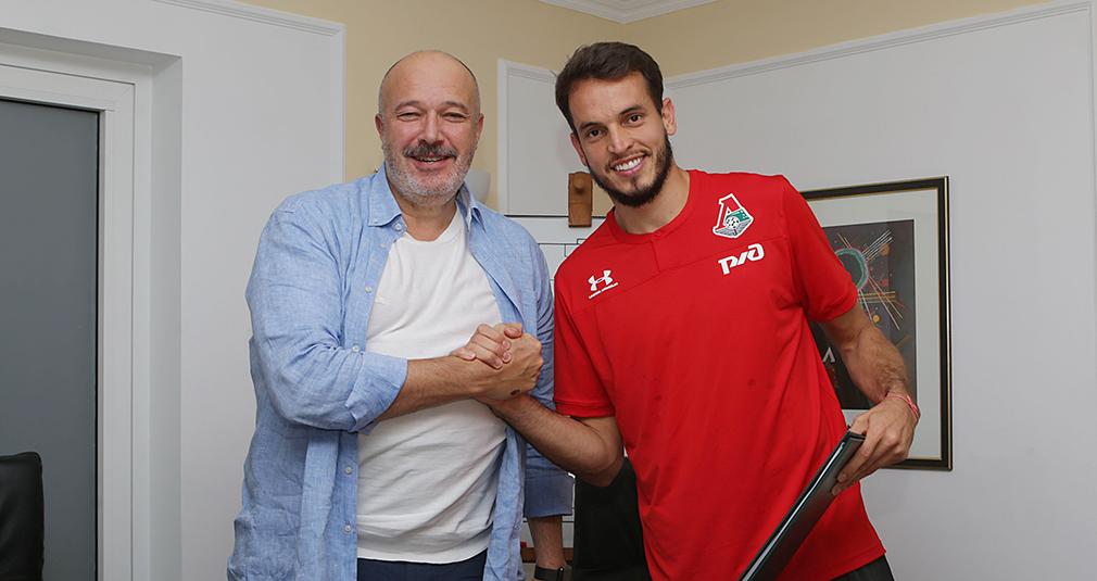 «Локомотив» продлил контракт с Гилерме на три года