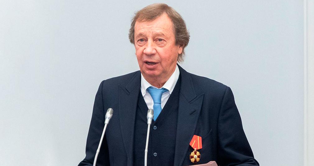 Белозёров вручил Сёмину Орден Александра Невского