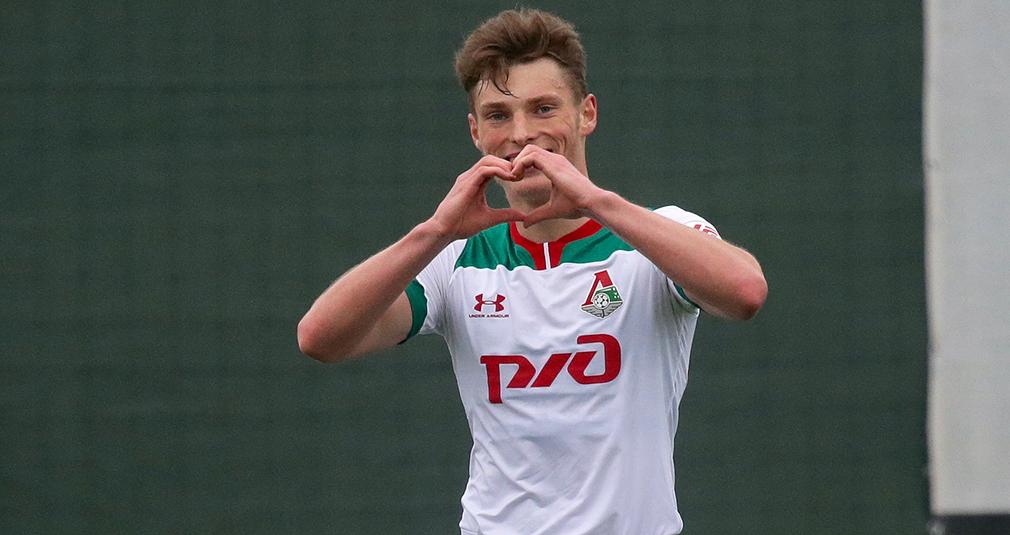 «После гола поздравил всех с Днем святого Валентина»