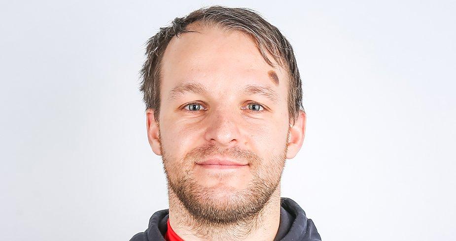 Александр Аверьянов - тренер команды U18