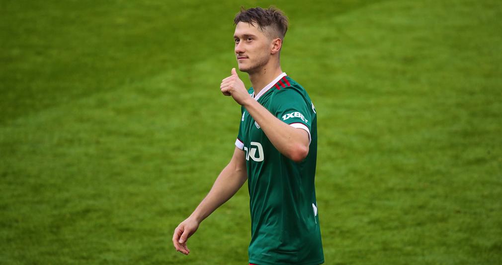 Миранчук и Лисакович забили за сборные