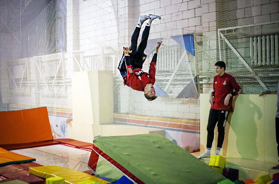 Гимнастика и акробатика