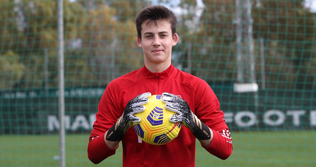 Даниил Худяков вызван в юношескую сборную России