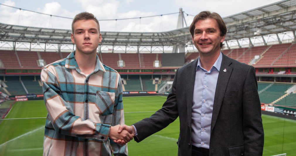 Lokomotiv and Silyanov penned a new contract