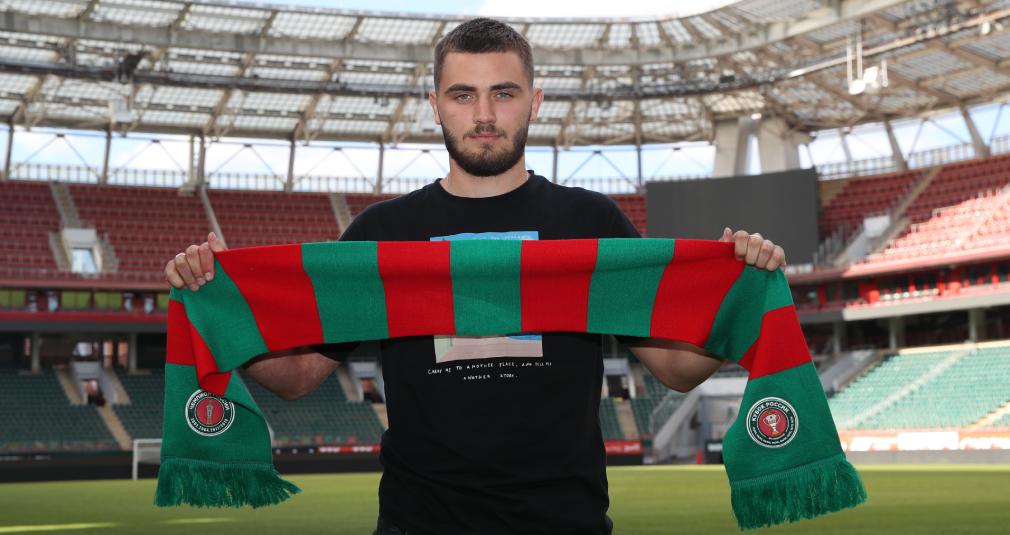 Ненахов подписал контракт с «Локомотивом»