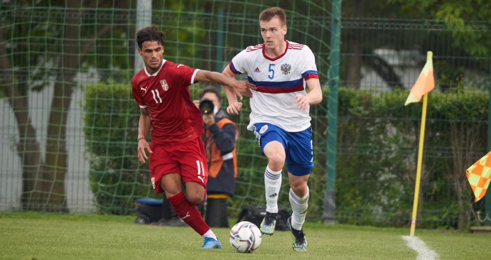 Сильянов сыграл за молодёжную сборную