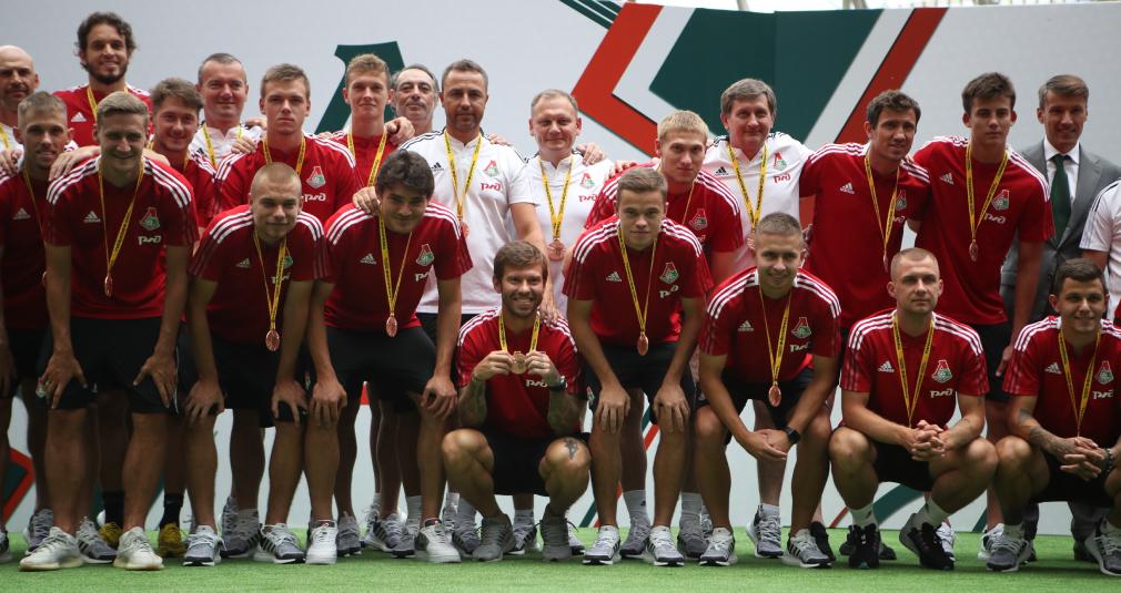 «Локомотив» представил новую форму и новичков